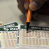 Mega-Sena acumulada pode pagar R$ 27 milhões neste sábado (15)