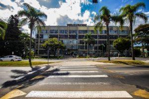 Prefeitura de PG concede licença remunerada a 22 servidores para concorrerem às eleições municipais