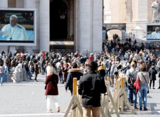 Coronavírus: para evitar risco de propagação da doença, papa transmite oração via internet