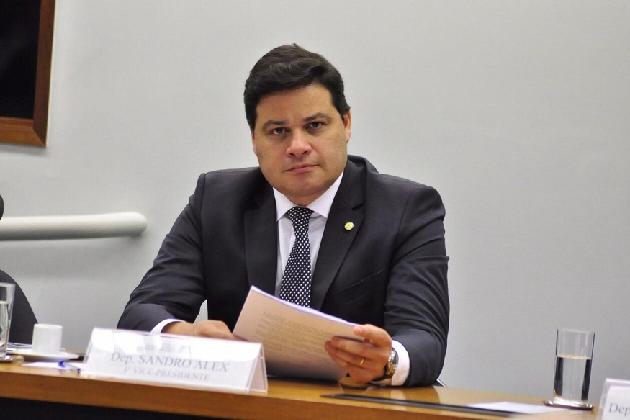 Sandro Alex descarta possibilidade de lockdown em todo o Paraná