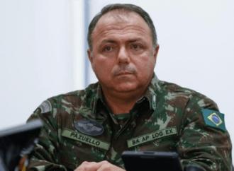 Eduardo Pazuello, cotado para ser o novo ministro da Saúde, é militar e amigo de Bolsonaro