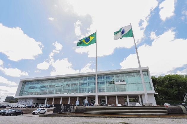 """Governo do Estado emite nota afirmando que """"não se trata de impor um lockdown em todo o Paraná"""""""