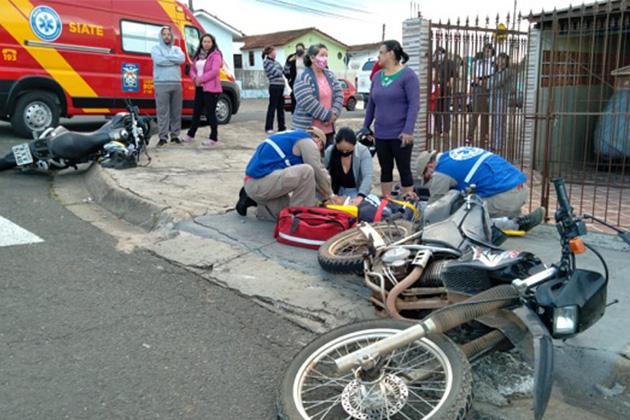 Vídeo: Acidente entre motos deixa dois feridos na Vila 31 de Março em PG