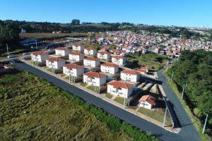 Ponta Grossa ganha mais de 1 mil novas casas populares; prefeito assina contrato nesta manhã (5)