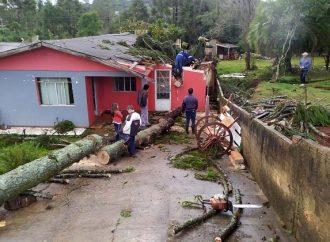 Defesa Civil do Paraná informa que 41 municípios foram atingidos por ciclone extratropical