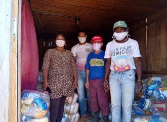 Comunidades quilombolas de Castro recebem 390 cestas básicas