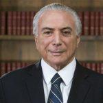 Bolsonaro convida ex-presidente Michel Temer para chefiar missão humanitária no Líbano