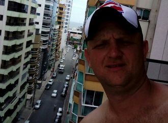 Vídeo: Homem é executado enquanto trabalhava em empresa de Ponta Grossa