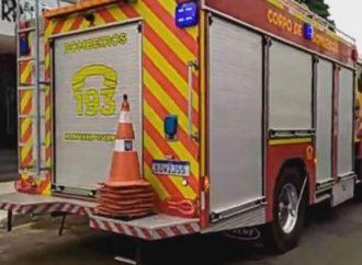 Vídeo: Corpo de Bombeiros é acionado para atender princípio de incêndio em café de PG
