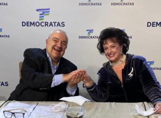 Prefeito de Curitiba, Rafael Greca, e primeira-dama são internados com COVID-19