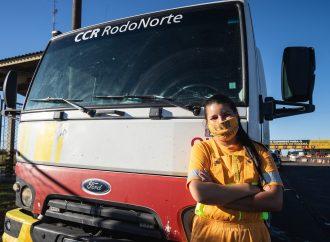 Colaboradora da CCR RodoNorte se destaca em atendimento nas rodovias