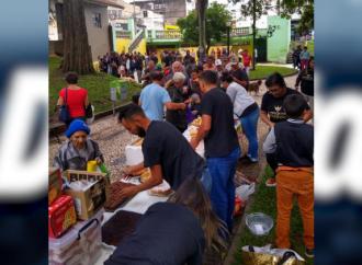 Projeto Emanuel distribui alimentos para moradores de rua em PG