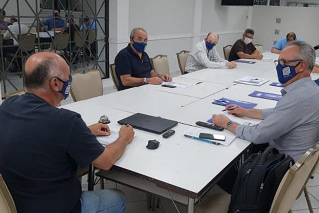 Associação dos Engenheiros e Arquitetos elabora documento com propostas para os candidatos à Prefeitura de PG