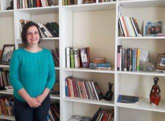 Professora da UEPG participa de livro sobre mães cientistas na pandemia